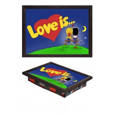 Маленький поднос на подушке Love is (5.8)
