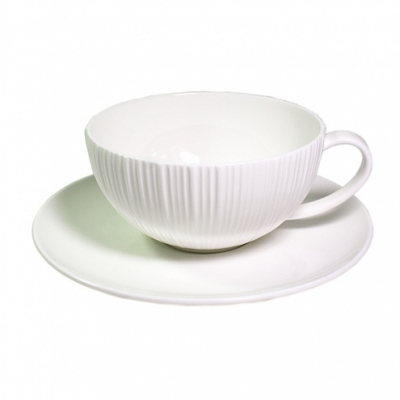 Чашка с блюдцем ELEGANCE WHITE  Fissman (SC-9383.250)