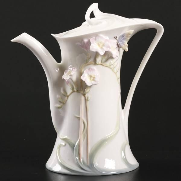 Фарфоровый кофейник Фрезия от Unicorn Studio