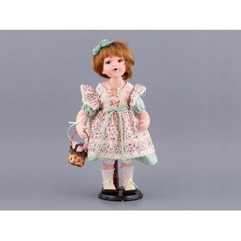 Кукла фарфоровая агата