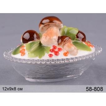 Блюдо грибы с крышкой (58-808)