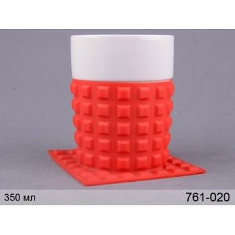 Чашка фарфоровая с силиконовой подставкой (761-020)